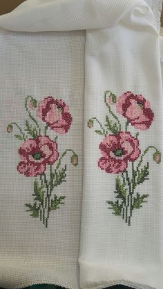 1 million+ Stunning Free Images to Use Anywhere Cross Stitching, Cross Stitch Embroidery, Hand Embroidery, Cross Stitch Patterns, Knitting Patterns, Cross Stitch Rose, Cross Stitch Flowers, Free To Use Images, Bargello