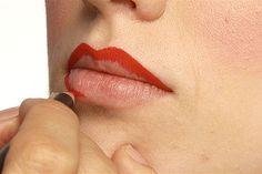 Classic Pin-Up Girl Makeup Tutorial