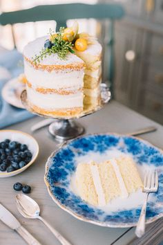 Breakfast in bed | Wedding & Party Ideas | 100 Layer Cake