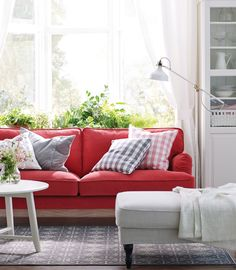 Our STOCKSUND sofas and benches bring a traditional look that does not compromise on comfort!