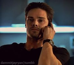 He's on the phone with me. I know, i know, but don't be jealous ladies ; Vincent Keller, Jay Ryan, Cw Series, Cute Actors, Most Beautiful Man, Man Alive, Jealous, Beauty And The Beast, Sexy Men