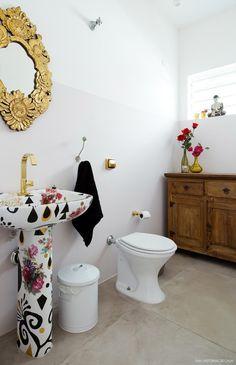 20-decoracao-banheiro-cimento-queimado-cuba-estampada-calu-fontes