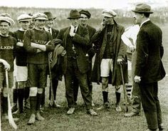 Michael Collins with the Kilkenny hurling team in 1921 Ireland 1916, Dublin Ireland, Sports Now, Old Irish, Michael Collins, Irish American, Joan Crawford, Hurley, In This World