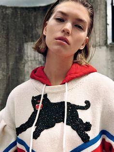 Vogue Italia August 2016 Arizona Muse by Yelena Yemchuk-8