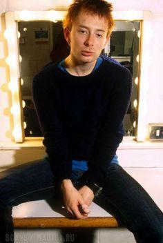 Colin Greenwood, Thom Yorke Radiohead, Eyes Emoji, Bjork, Music Artwork, Music People, White Man, Celebrity Crush, Guys
