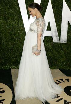 Dieses Jahr gab es bei den Oscars/Oscarpartys so viele furchtbare Kleider (getragen z.B. von unserer Heidi, Anne Hath...