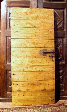 ptir271 porte rustique avec des clous an peuplier,mes. cm 93 x 209 - SIMONE MARRO: portes e portes d'entree anciennes a Cuneo, Torino, Piemont, Italie