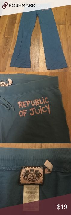 Teal Juicy Couture Sweatpants Teal low-rise Juicy Couture sweatpants with pink glittery detail. Super comfortable! Juicy Couture Pants Track Pants & Joggers