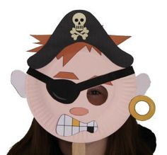 Pirate Paper Plate Craft or Mask. Talk like a pirate day free activity. Pirate Kids, Pirate Day, Pirate Birthday, Pirate Theme, Paper Plate Masks, Paper Plate Crafts, Paper Plates, Summer Camp Crafts, Camping Crafts