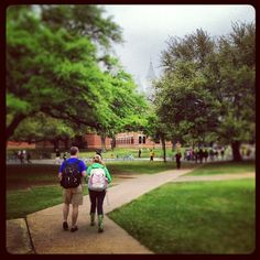 Even rainy days look beautiful on the #Baylor campus! #SicEm (photo via bayloruniversity on Instagram)