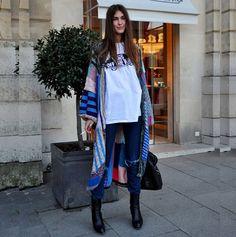 #stealthelook #look #looks #streetstyle #streetchic #moda #fashion #style #estilo #inspiration #mantela #etnico #ankleboot #jeans