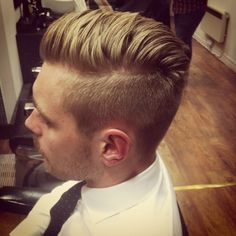 Undercut with a textured top