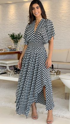 Modest Fashion, Fashion Dresses, Stylish Outfits, Cute Outfits, Dot Dress, Street Style Women, Pretty Dresses, Dress To Impress, Designer Dresses