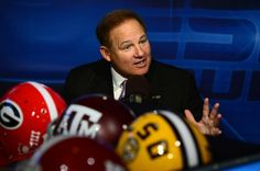 LSU coach Les Miles will participate in ESPN's Car Wash on Monday.