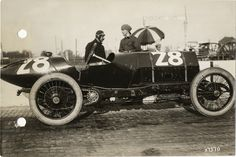 Vincenzo Trucco with Isotta-Fraschini car no. 28 during the 1913 Indianapolis 500 automobile race
