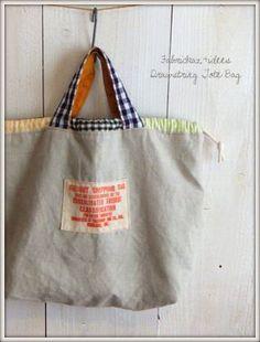 Billedresultat for fabrickaz+idees Couture Cuir, Sac Week End, Diy Bags Purses, Diy Tote Bag, Creation Couture, Boho Bags, Linen Bag, Denim Bag, Fabric Bags