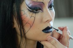 AMAZING!!! Step by step Halloween Spider Woman look by Kabuki using Myface ...