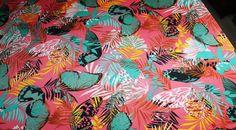 Coupon tissu jersey polyester fond saumon à motif feuille tropicale papillon *** 2.10 mètres *** rfs0913