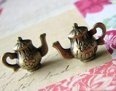 Charms : 10 Antique Bronze Tea Time Teapot Charms   Tea Pot Pendants D3