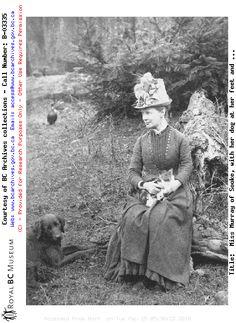 La signorina Murray di Sooke e cane in BC nel 1885. Copywrights: Archives British Columbia