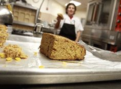 PRISON CAFETERIA When inmates act out, the loaf is served - Santa Cruz Sentinel