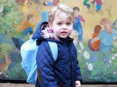 Nieuwe foto's van jarige prins George vrijgegeven - Gazet van Antwerpen: http://www.gva.be/cnt/dmf20160722_02394624/jarige-prins-george-al-drie-jaar-een-stijlicoon?hkey=0db04fbb51c02919fd1dd4bac9533c2c