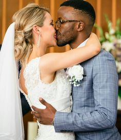 What Is The Big Deal About Marriage? Familia Interracial, Interracial Family, Interracial Marriage, Interracial Wedding, Black Guy White Girl, Black And White Couples, Black And Blonde, White Girls, White Women