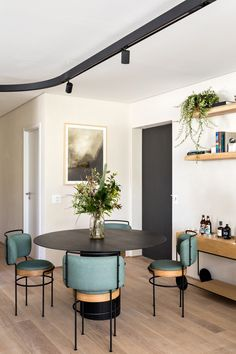 Interior Exterior, Interior Architecture, Decor Interior Design, Modern Interior, Sweet Home, Dinner Room, Apartment Makeover, Dining Room Inspiration, Interiores Design