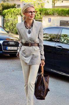 by Bibi Horst ( Over 50 Womens Fashion, 50 Fashion, Fashion Over 40, Look Fashion, Timeless Fashion, Winter Fashion, Fashion Outfits, Cheap Fashion, Fashion Women