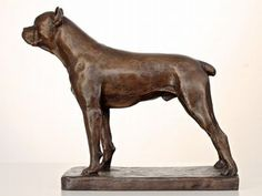 Otto Gutfreund, Stojící pes boxer (návrh 1927), bronz, výška 39,5 cm