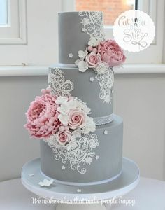 Wedding cake inspiration elegant grey and pink wedding cake The Effective Pictures We Offer You About chocolate wedding cake slice A quality picture can tell you many things. You can find the most bea Elegant Wedding Cakes, Beautiful Wedding Cakes, Gorgeous Cakes, Wedding Cake Designs, Pretty Cakes, Trendy Wedding, Lace Wedding Cakes, Wedding Cake Vintage, Wedding Cupcakes
