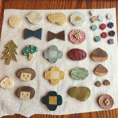 Ceramic Jewelry, Ceramic Clay, Ceramic Pottery, Clay Crafts, Diy And Crafts, Arts And Crafts, Polymer Clay Charms, Polymer Clay Jewelry, Art And Hobby