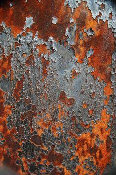 Celosia Orange and Paloma Grey. Orange and grey rust inspiration Art Grunge, Art Texture, Peeling Paint, Rusty Metal, Orange Grey, Rust Orange, Textures Patterns, Textured Background, Color Inspiration