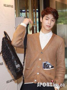 CNBLUE - MH attended HELIANTHUS 2014 - S/S LESLEY Event~ ① (cr.as tagged)