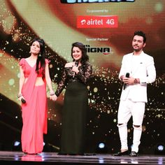 #Tonight at 9 Pm. only on @zeetv | My Two Major Pillars of Strenghth Surprised Me on the sets of #AmulSaReGaMaPaLilChamps ❤️ @to