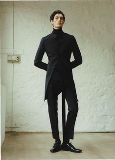 Aaron Shandel por Dham Srifuengfung para Vogue Hommes Paris