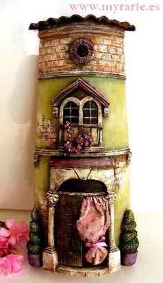 Maybe try using a pringles can and polymer clay Clay Houses, Ceramic Houses, Miniature Houses, Ceramic Clay, Miniature Dolls, Clay Fairy House, Fairy Houses, Polymer Clay Projects, Polymer Clay Art