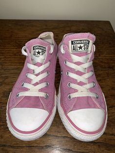 Converse All Star Pink Lace Up Low Tops Youth Size 1  fashion  clothing   d5bbf54f7