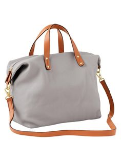 Gap Leather Satchel--saw someone at the airport carrying this, loved it, will probably never find it Tote Bags, Mk Bags, Coach Purses, Purses And Bags, Coach Bags, Leather Satchel, Leather Handbags, Sacs Design, Handbags Michael Kors
