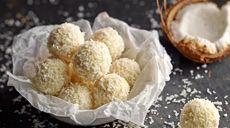 Lanýžové bonbóny z bílé čokolády