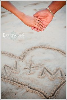 Virginia Beach Wedding Photographer_Beach Engagement Photos(1014)