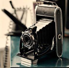 <3 vintage cameras