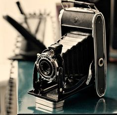 Just love these old cameras!