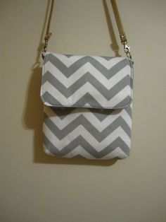 50b3a3462d31 Gray Chevron Crossbody Purse by toLiveistoLove on Etsy