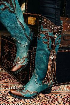 Cowgirl Boots / Cowboy Boots in Blue, Tan, Brown, Silver Boots Cowboy, Cheap Cowgirl Boots, Womens Cowgirl Boots, Cute Shoes, Me Too Shoes, Botas Boho, Moda Country, Country Girls, Boot Jewelry