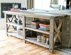 Nice beginner woodworking project for amateur furniture builders. DIY console table made with boards - My Easy Woodworking Plans Diy Furniture Plans, Woodworking Furniture, Furniture Projects, Rustic Furniture, Home Projects, Home Furniture, Rustic Sofa, Rustic Table, Console Furniture