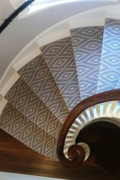Best 35 Best Modern Stair Runner Carpets Images Patterned 640 x 480