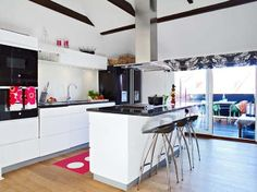 Kitchen Designs Ideas Small Loft With Efficient Placement Of Furniture Modern Kitchen Decorating Ideas Apartment Design Makeovers Countertop. Kitchen Design Small, Kitchen Design Decor, Kitchen Decor Modern, Interior Design Kitchen, Country Kitchen Decor, Kitchen Island Design, Small Kitchen Renovations, Beach Kitchen Decor, Kitchen Decor Apartment