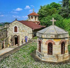 Velelepna crkva Svete Petke.   Kalemegdan