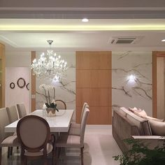 Boaaaa noiteeee lindezass!! Living cheio de amor e luxo ✨✨ #boanoite #interiores #decor #detalhes #decoracao #decorating #decoracaodeinteriores #architect #arquitetura #arqmbaptista #arquiteturadeinteriores #living #marianemarildabaptista